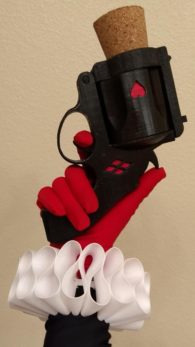 Harley's cork gun by Saya1984