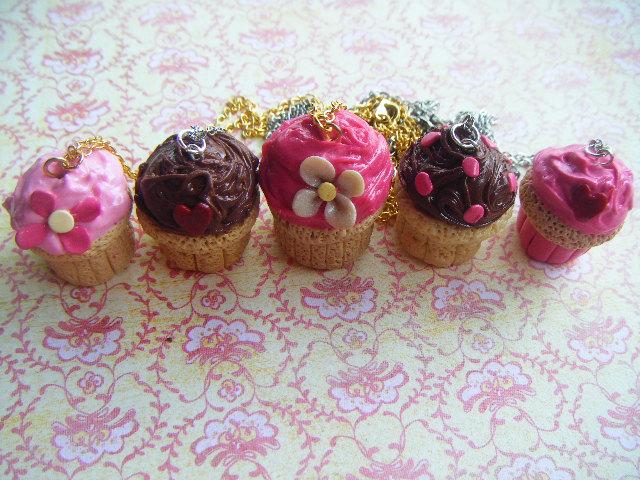 Vanilla Cupcake Necklaces by Cinnamonster