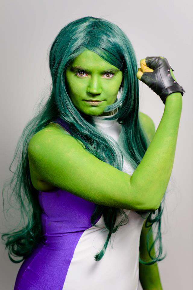 She-Hulk: Strong Woman by MommaSammu