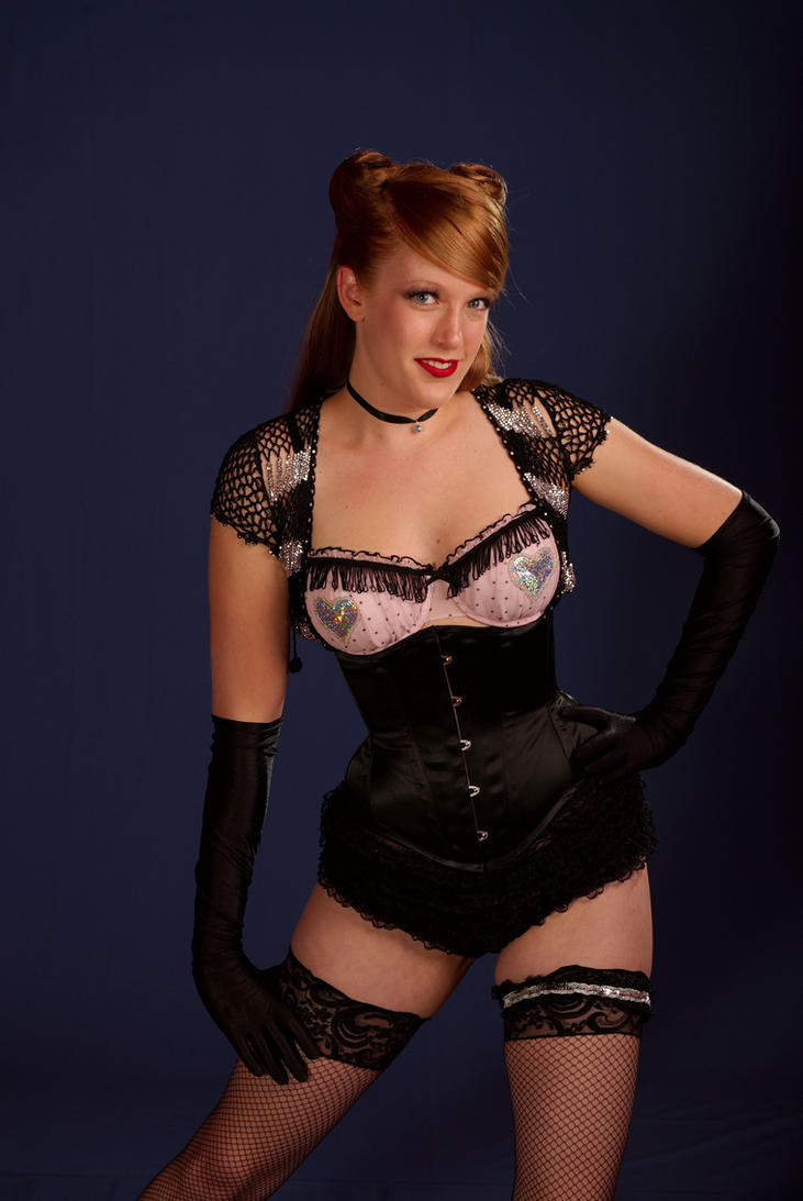 Burlesque Black Corset by hennanights