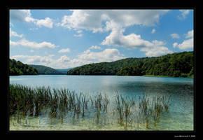 Plitvice Lakes by Luke-ro