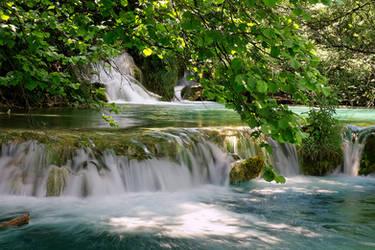 Plitvice Waterfall II by Luke-ro