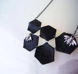 Fake leather honeycomb necklace