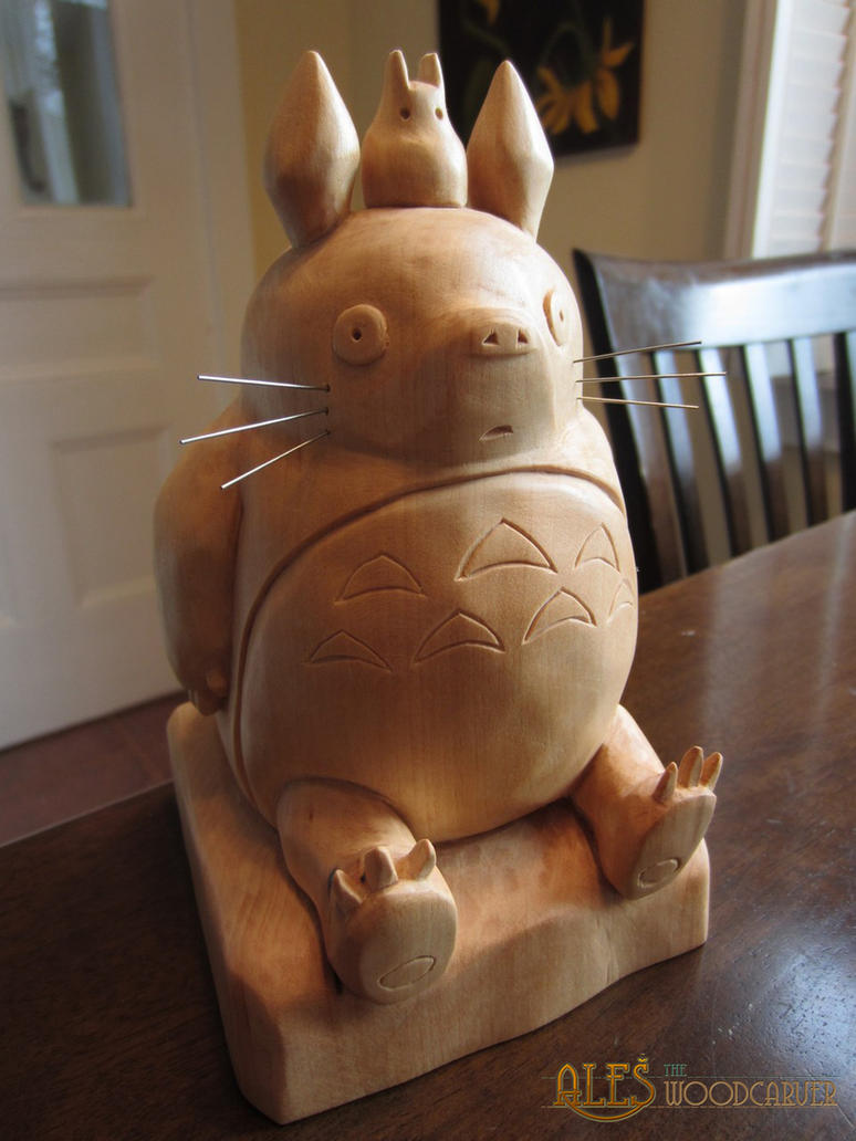 My neighbor Totoro - basswood Totoro carving by alesthewoodcarver on ...: alesthewoodcarver.deviantart.com/art/my-neighbor-totoro-basswood...