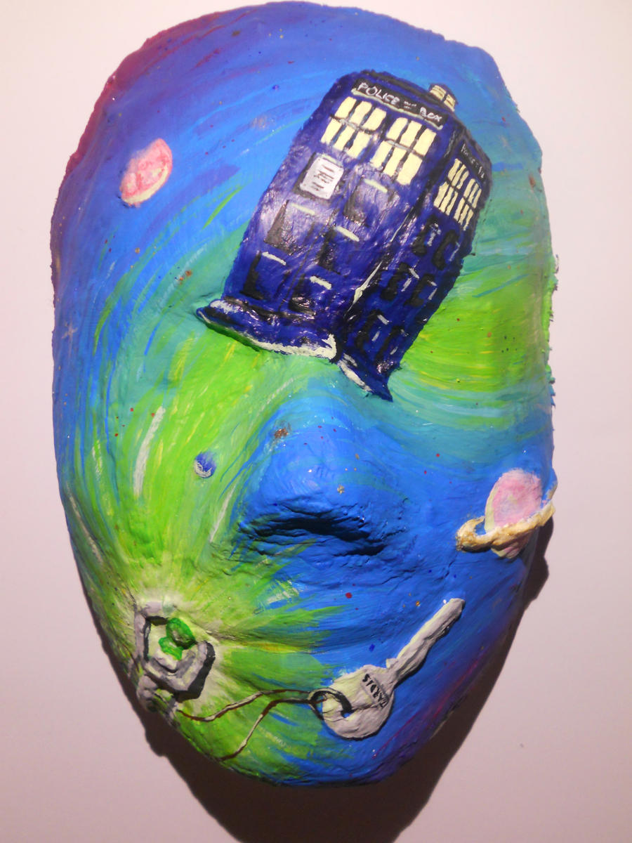 Doctor Who Mask by gold-blonde