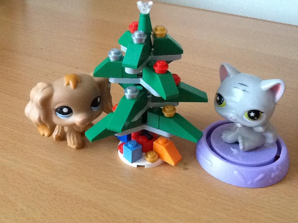 LPS: CHRISTMAS TREE by RainbowDoggy123 on DeviantArt