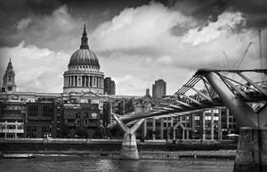 Millenium Bridge by Rustmouth