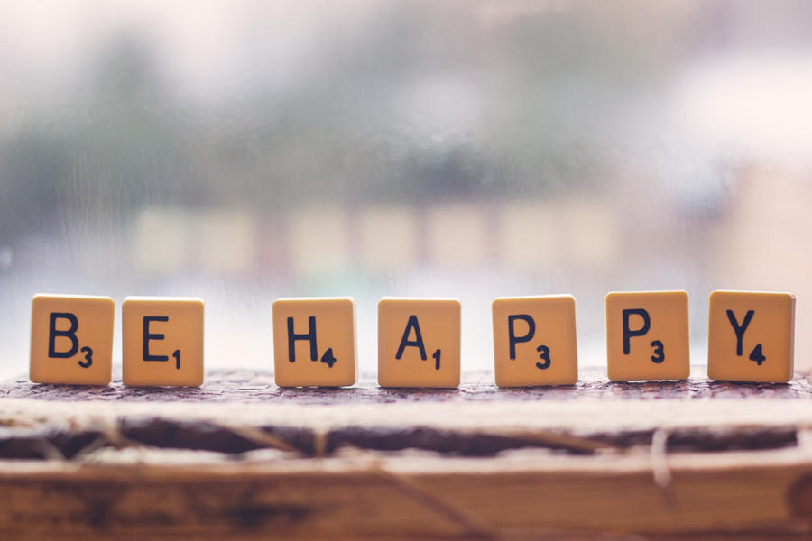 Be Happy by ScENeYmE