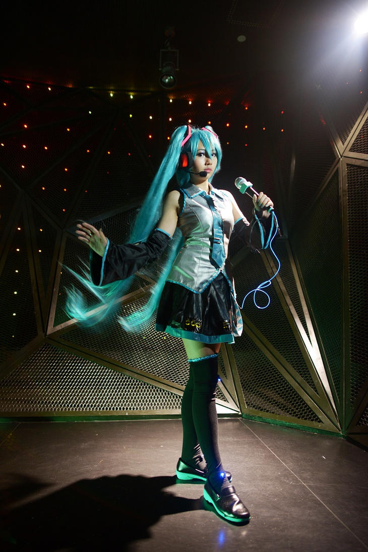 Vocaloid - Miku 2 by rurik0