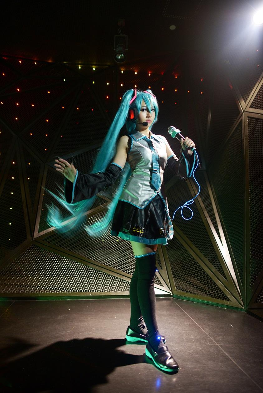Vocaloid - Miku 2 by rurik0