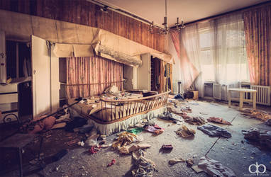 Bedroom by Dapicture