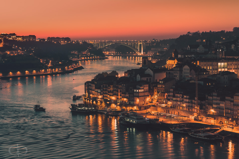 Porto by Dapicture
