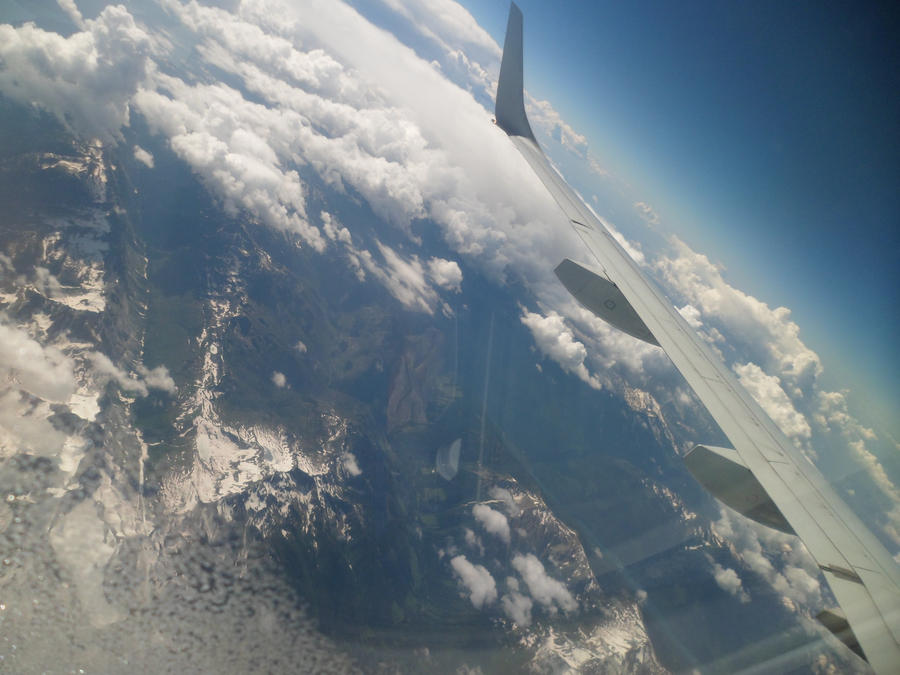 Curvature of Earth by Raven-Shinda on DeviantArt