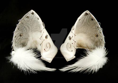 Cloud Fox White Pearl Ears