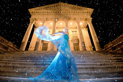 Queen Elsa - Frozen