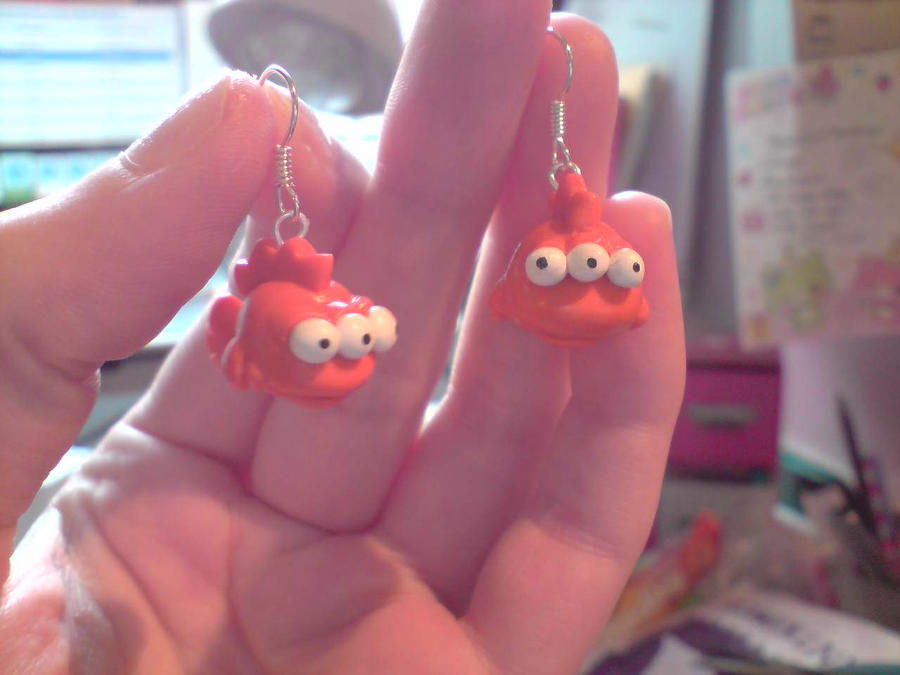 Blinky the fish earrings by littlemooglet on deviantart for Blinky the fish