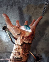 Hand and the Eye by hybel