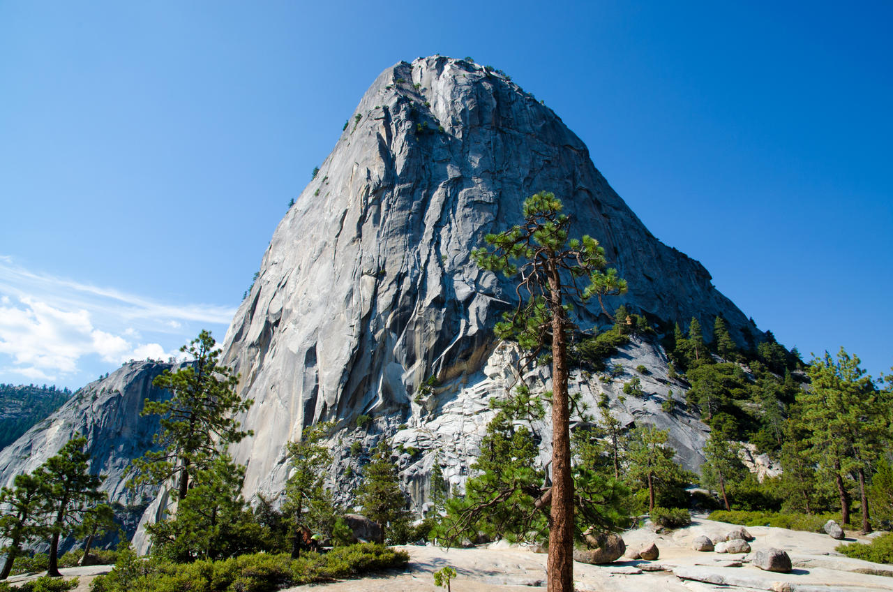 Half Dome at Yosemite by the3dman
