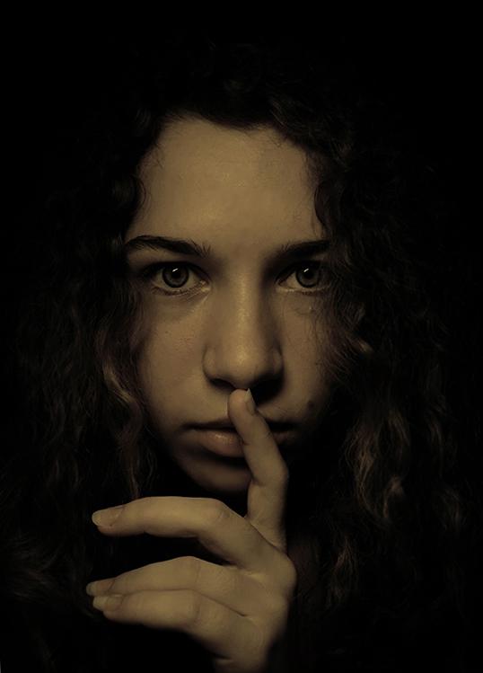Hush... by DevilKue
