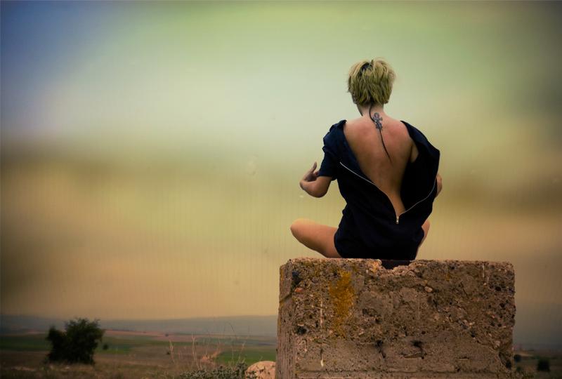 Картинки спиной блондинок с короткой стрижкой