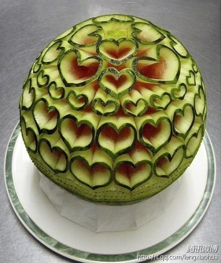 Ako ste gladni ili zedni svratite - Page 3 It_is_not_just_a_watermelon_by_hezining520-d3e6vpl