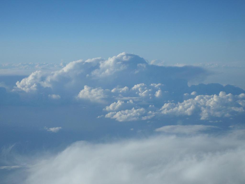 Beautiful Sky by animedugan
