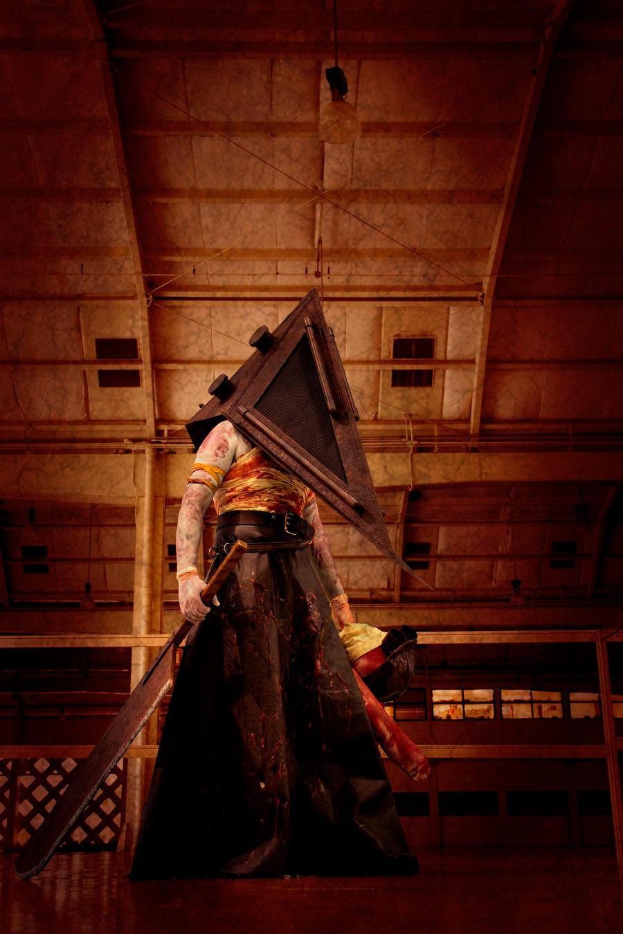 Pyramid Head by Vanimelir