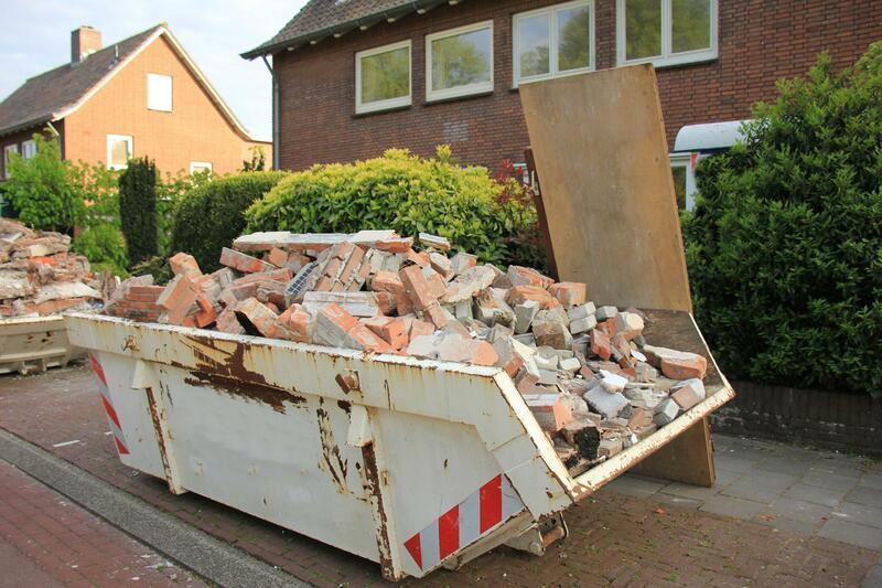 Construction-dumpster-with-bricks Orig (1)