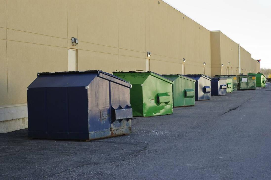 Dumpsters-outside-restaurant Orig