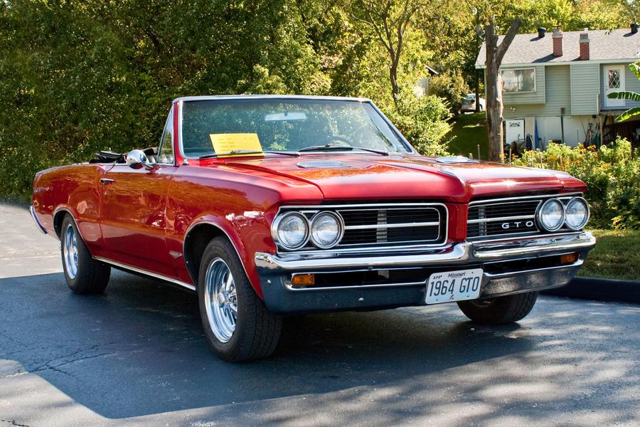 1964 Pontiac GTO by StormPix