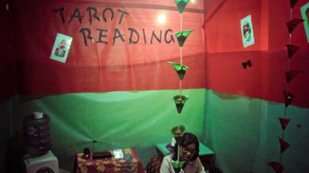 random tarot reading by rezzamuhammad