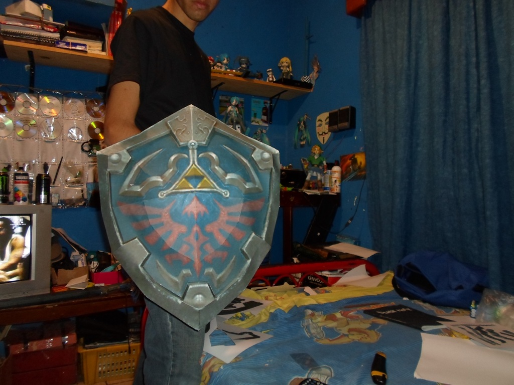 the legend of zelda master shield papercraft by r15abraham