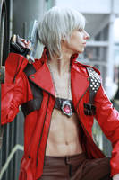Dante Cosplay - Watching by Abessinier