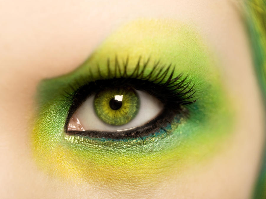 Green Eye. by Ryo-Says-Meow