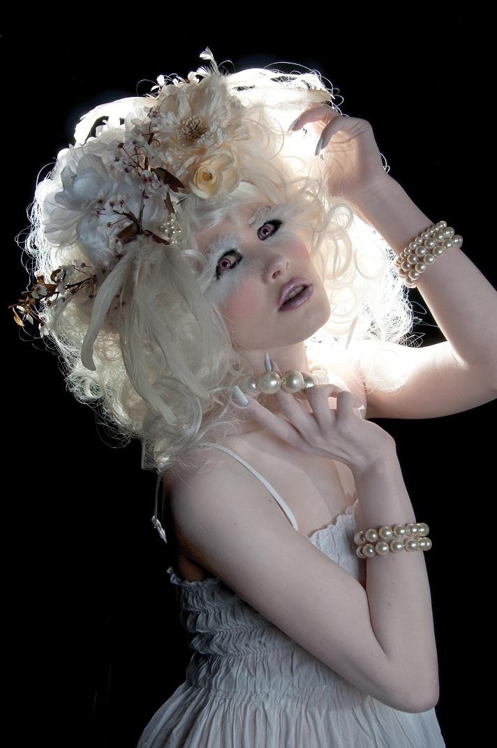 Albino. Head Shot. by Ryo-Says-Meow
