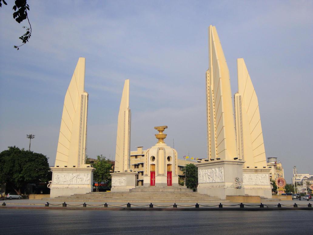 Democracy Monument by gupa507 on deviantART
