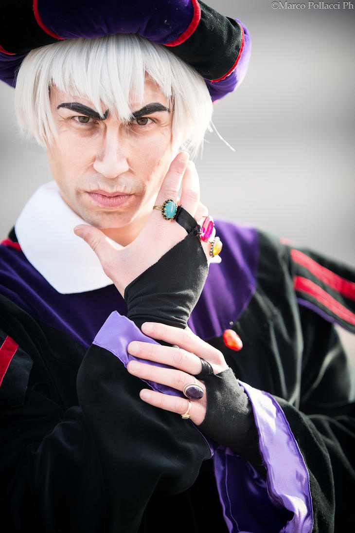 Judge Frollo - hunchback of notre dame by FraSoldiers