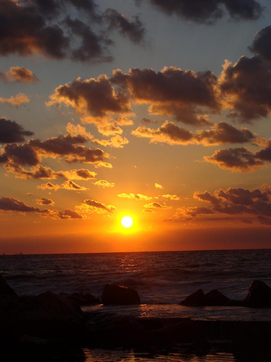 Good morning sunshine. by Ofemid
