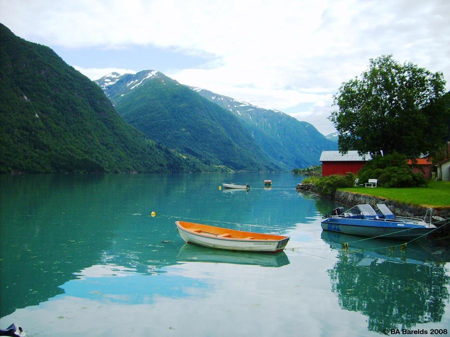 Fjaerlandsfjorden I by Celvaya