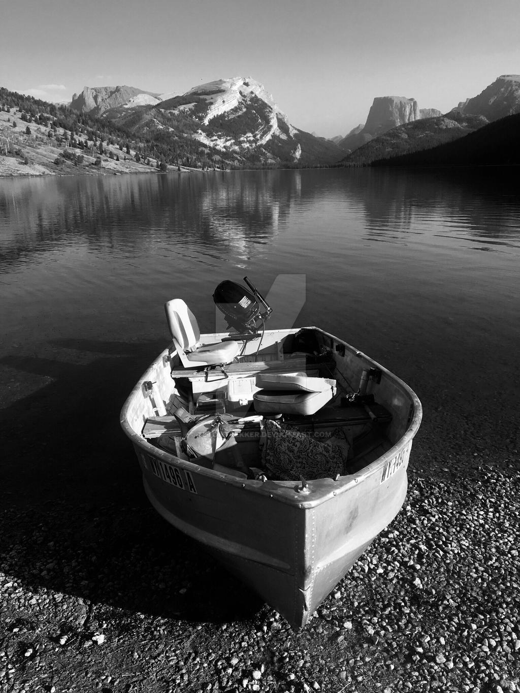 Boat on Greenriver Lake by tetontrekker