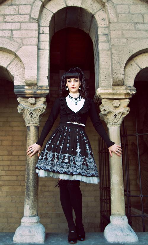 Gothic Arch by essie-morbide