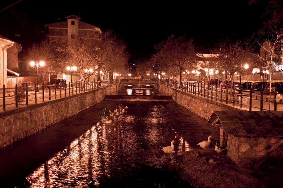 FLORINA BY NIGHT 2 by panosozi