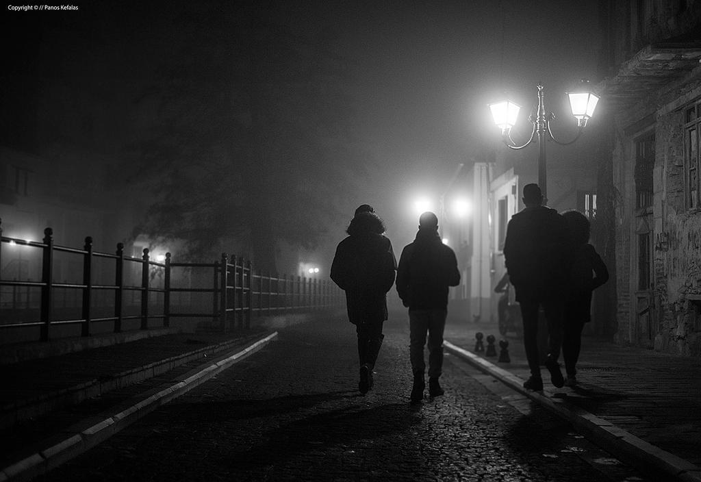Foggy night Florina. by panosozi