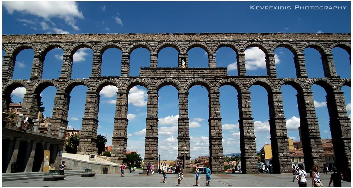 Segovia Aqueduct by Kevrekidis on DeviantArt