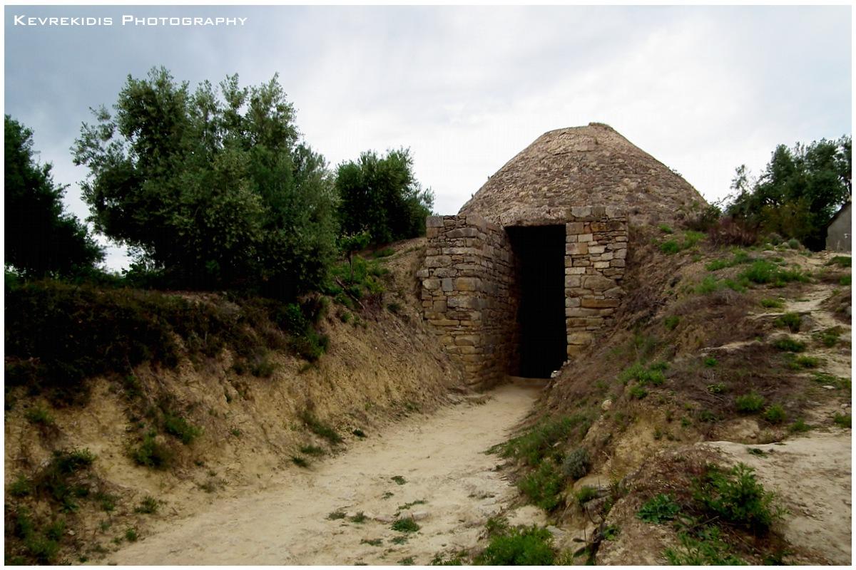 Tholos Tomb by Kevrekidis