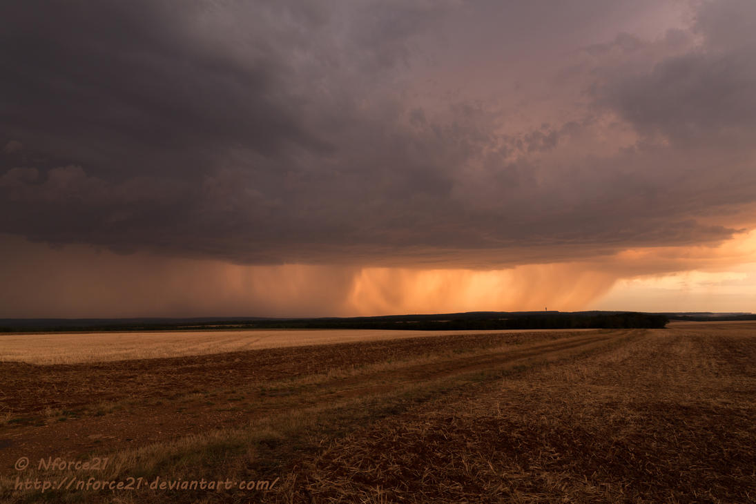 Thunderstorm on sunset 2 by Nforce21