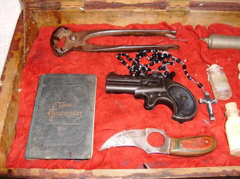 1890 Vampire Hunting Kit 2