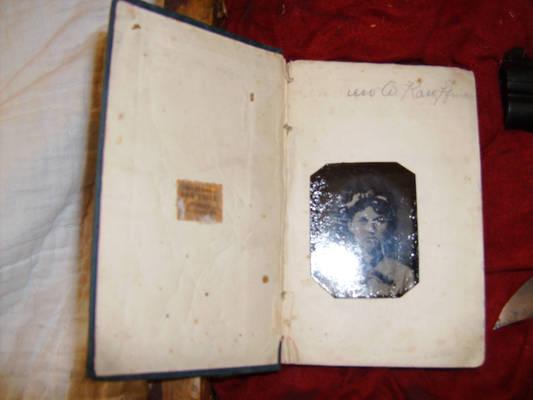 1890 Vampire Hunting Kit 8