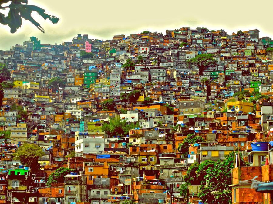 Favela by xtazer
