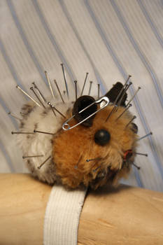 Hamster pin cushion